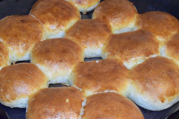 Булочки с чесноком в духовке - рецепт пошаговый с фото